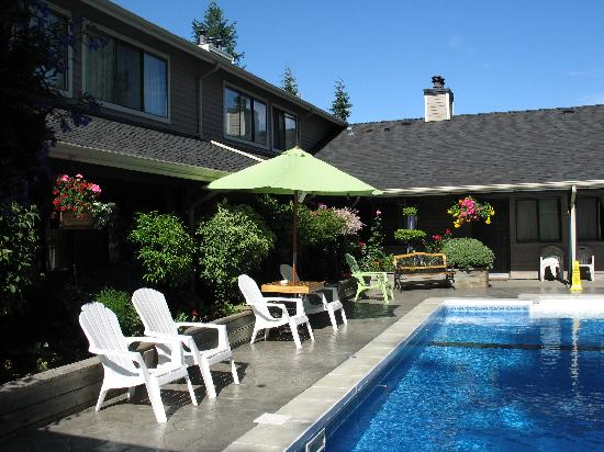 Sunshine Lodge Inn : Pool