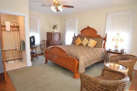 Pharo's Inn: One of our guest rooms