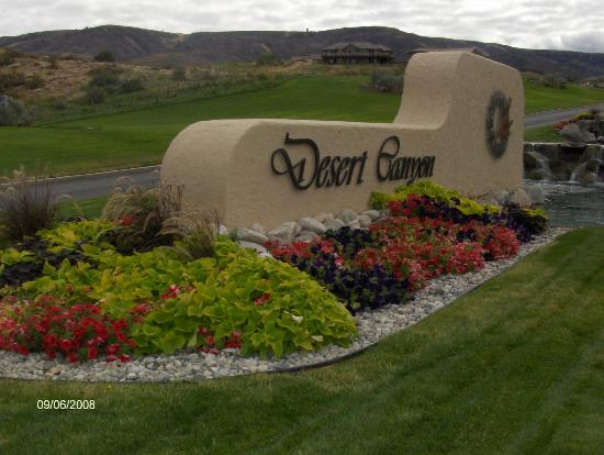 Desert Canyon Golf Resort: Entrance to Desert Canyon