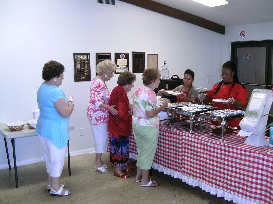 Del-Mel Restaurant: Marco Shores residents, Lady in red is 105 years old.