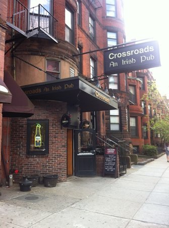 Crossroads Restaurant & Lounge: outside