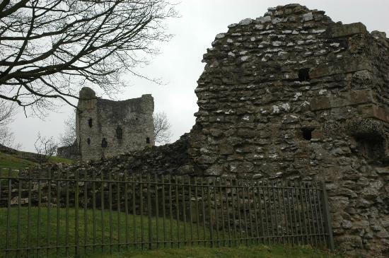 Top part of Peveril Castle