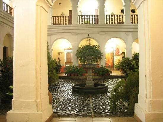 La Plazuela Hotel: Patio Principal