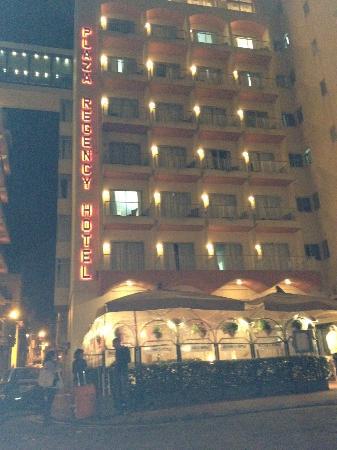 The Plaza & Plaza Regency Hotels: fachada