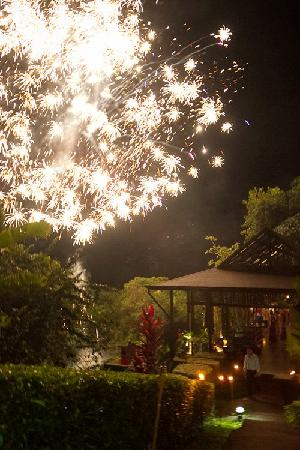 TikiVillas Rainforest Lodge: New Year 2012 at TikiVillas