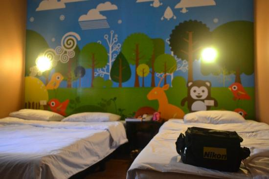 Take a Nap Hotel: happy forest room