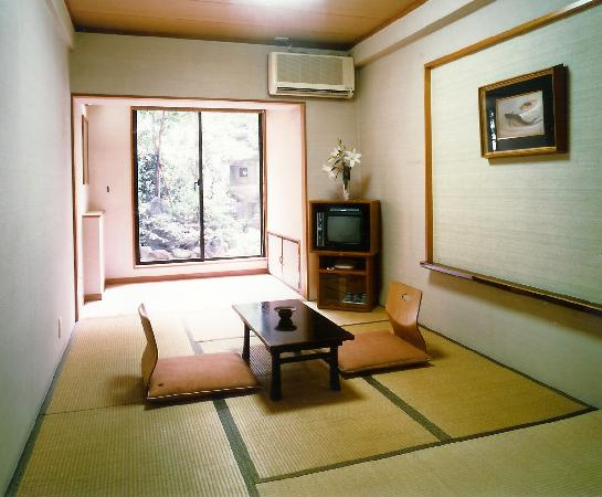 Sumisho Hotel: JAPANESE TYPE ROOM