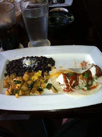 Luibueno's : best ahi tacos I've tried