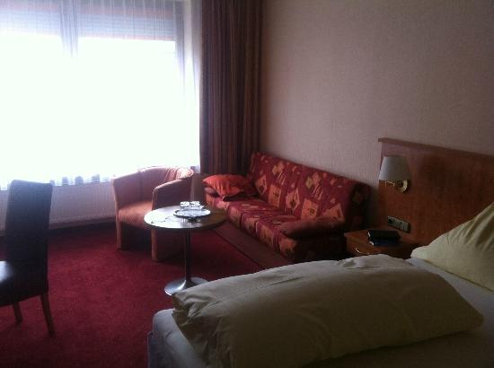 Stadthotel Augsburg: Zimmer