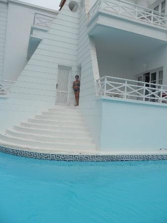 Lagos de Fanabe Beach Resort: Dal terrazzo direttamente in piscina