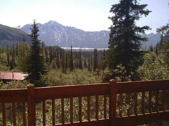 Tundra Rose Guest Cottages: View from Glacier Overlook Cottage's porch