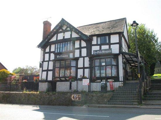 Image Ye Olde Steppes in West Midlands