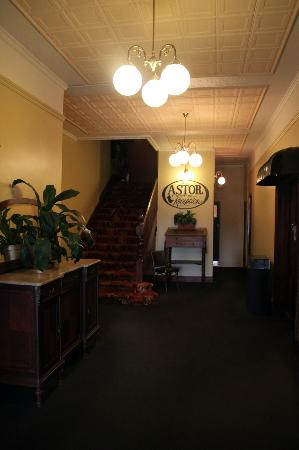 Astor Private Hotel: Downstairs lobby