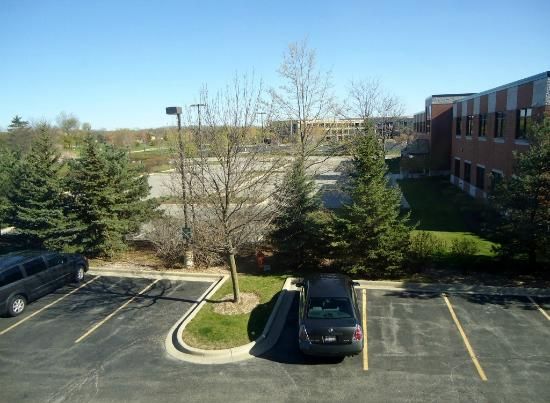 La Quinta Inn & Suites Bannockburn-Deerfield : View