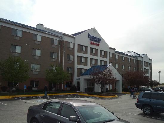 Fairfield Inn & Suites Minneapolis Bloomington/Mall of America: Facade
