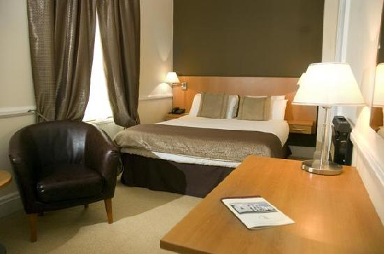 Grand St Leger Hotel: Room 206