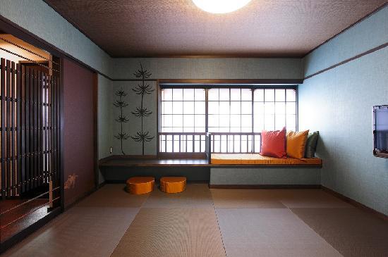 Goyokan: 【碧の間】瑞々しい碧色の壁が映える8畳和室(定員2名様)