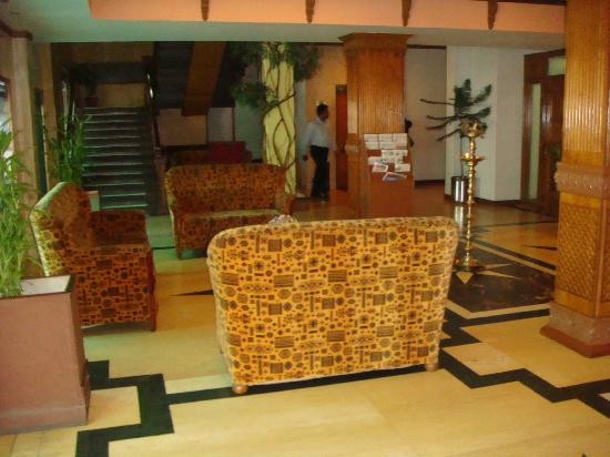 The Surya, Luxury Airport Hotel: Reception area