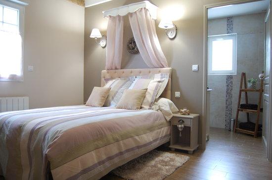 La Haute Muraille : la chambre romantique