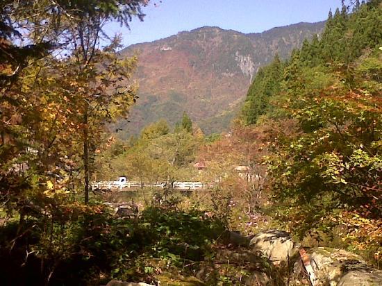 Yumoto Choza: Stunning mountains