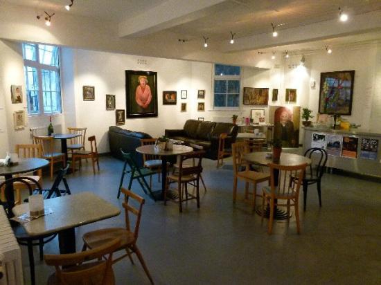 Chapel Arts Cafe: Tres bien