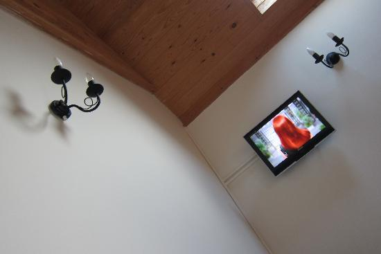 Leverton House : TV