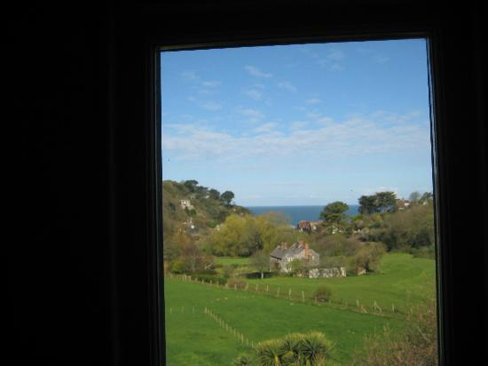 Southcliffe Hall: The sea and view from our room