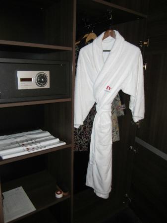 Metropolitan Hotel Sofia: Room