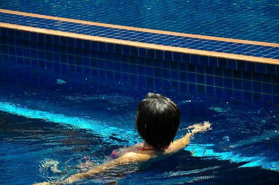 Royal Empire Hotel: swimming pool