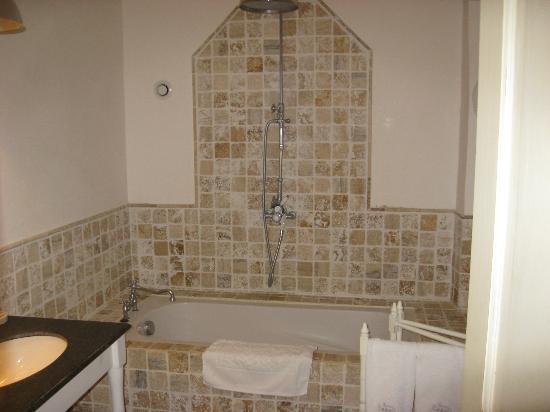 La Banastière : vasca da bagno chambre Flamant