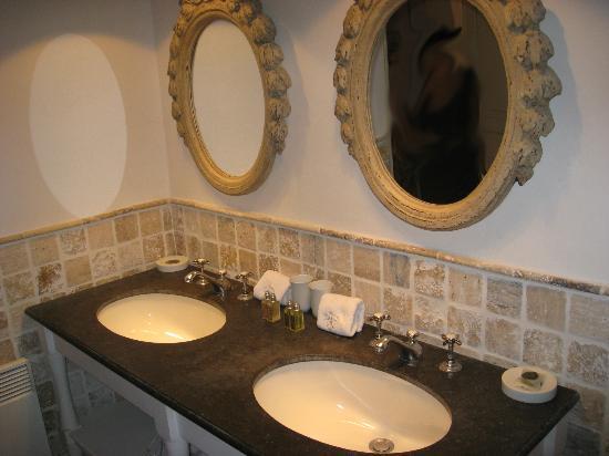 La Banastière : bagno chambre Flamant