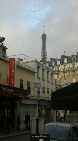 Timhotel Tour Eiffel: View from hotel street corner
