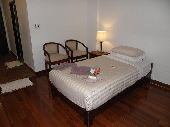 Silver Naga Hotel : Bedroom