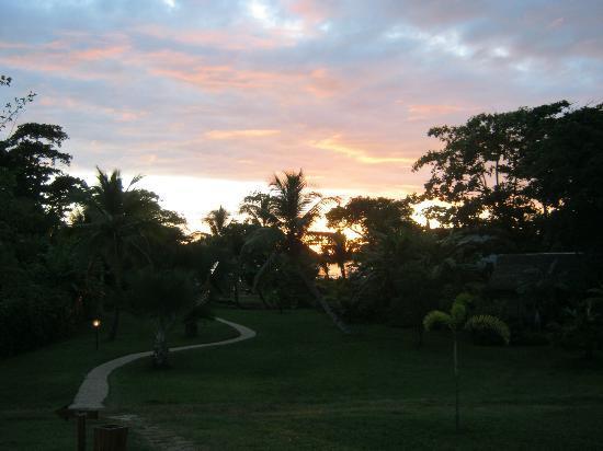 Sambatra Bed & Breakfast: tramonto dal Sambatra