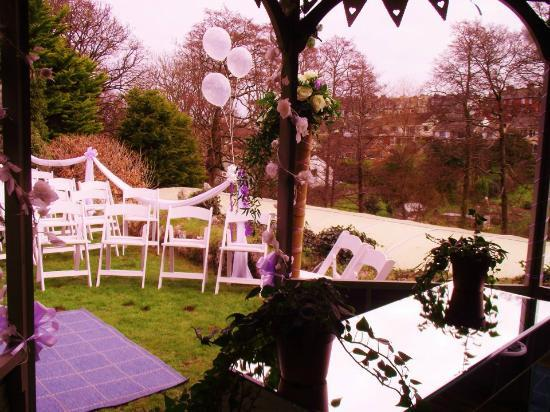 The Elmfield: Ceremony setting