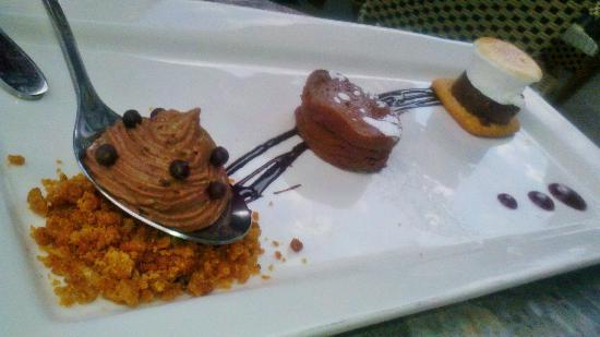 Meritage: chocolate dessert...