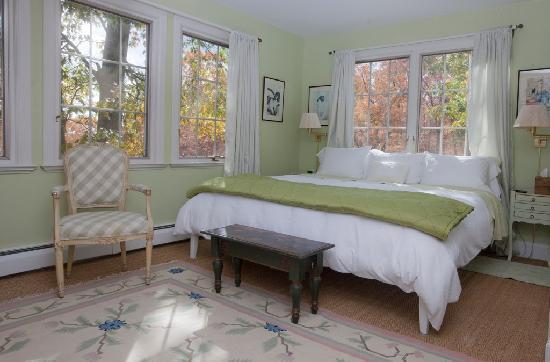 Hidden Valley Bed & Breakfast: Green Bedroom