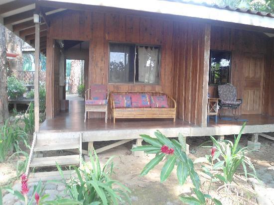 Hostel del Rio: Back porch
