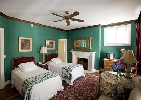 Taft Bridge Inn: Room 17