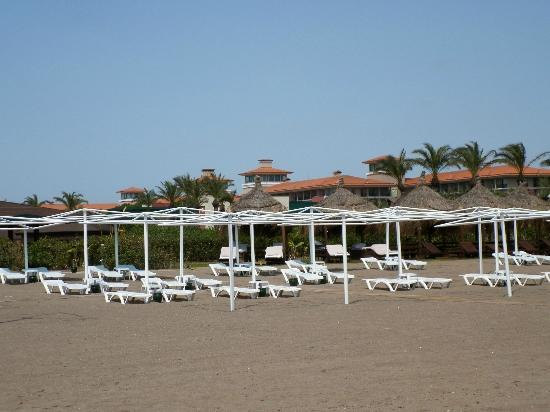 IC Hotels Residence : On the Hotels beach - also cabanas for guests from the Residence !