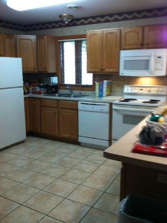 Wilderness Resort: Fully stocked kitchen