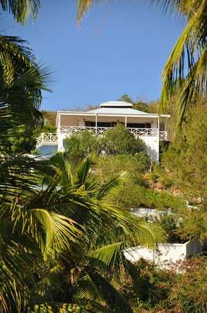 Blue Moon Antigua: View of villa from beach