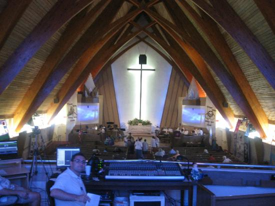 First Congregational Church of Christ in Fort Lauderdale, UUC: Church Santuary