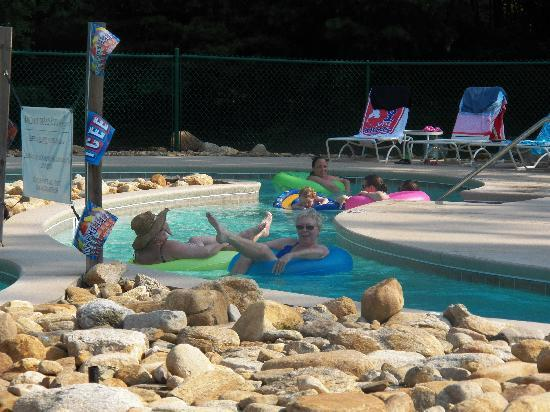 Fox Run Resort: Lazy River