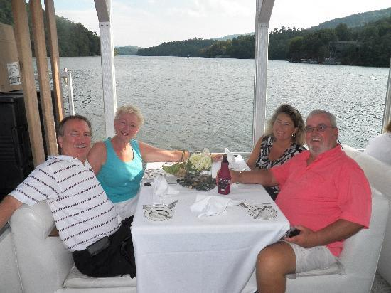 Fox Run Resort: Dinner Cruise