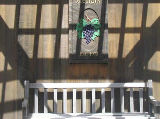 Cakebread Cellars: Entrance to winery