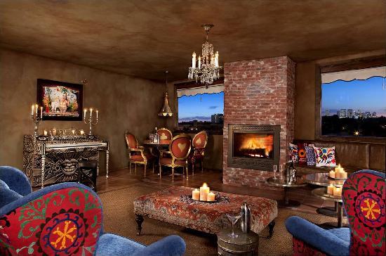 Petit Ermitage: Masters Lounge