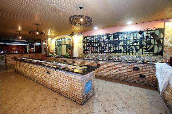 Arre Egua: Buffet com mais de 50 opções de pratos regionais