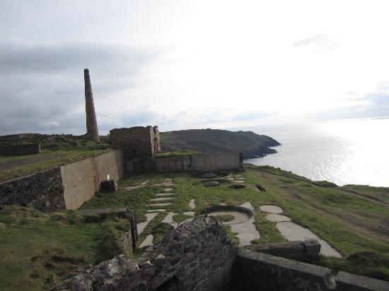 Cornish Heritage Safaris: Mines at Botallack