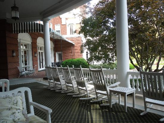The Omni Homestead Resort: a relaxing place to read, snack bar in the distance